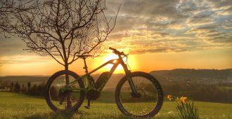 Der etwas andere Adventskalender:  E-Mountainbiken ist…