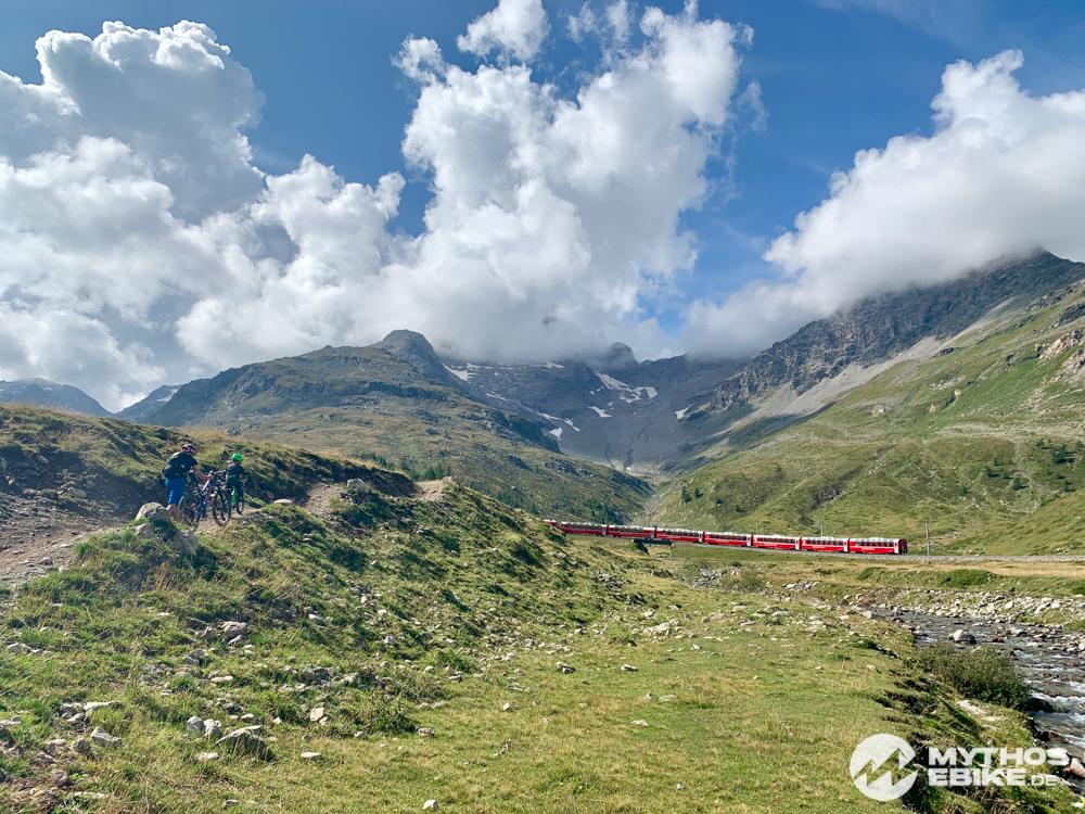 Rhätische Bahn Bernina Express MTB