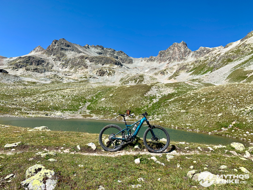 Liv Intrige E+ eMTB Berge und See