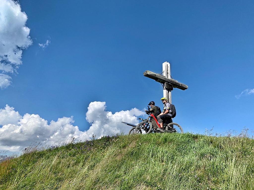 Gipfelkreuz eMTB