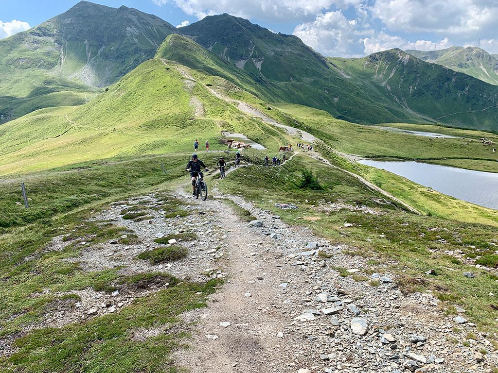 Technischer Uphill eMTB